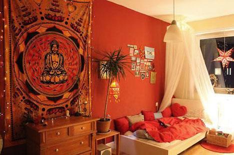 Peinture couleur Corail dans une chambre
